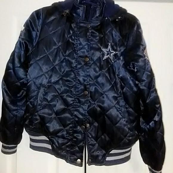92debc934 Women s Quilted Satin Dallas Cowboys Jacket. M 5b68b2e83c9844ae7b874a0c